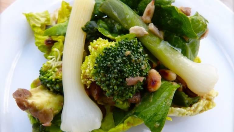 Salade composée avec de la baragane et des lentilles – Végétalienne