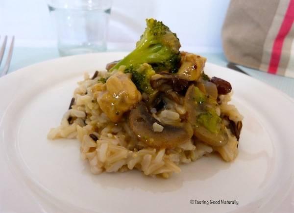 Tempeh au curry et sauce au lait de coco (vegan)