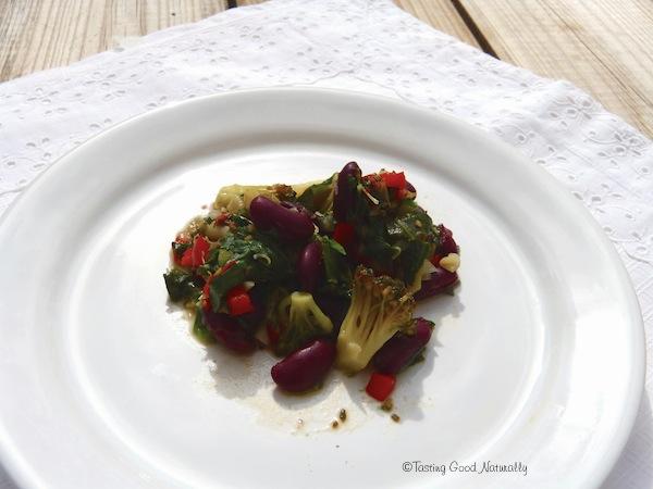 Epinards et brocolis aux haricots rouges végétalien