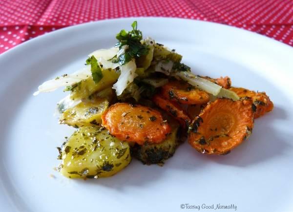 Légumes verts aux carottes et pommes de terre rôties – végétalien