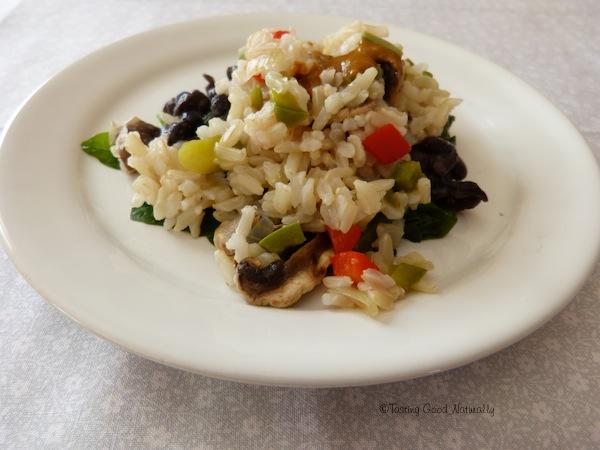 Epinards aux haricots noirs et riz complet
