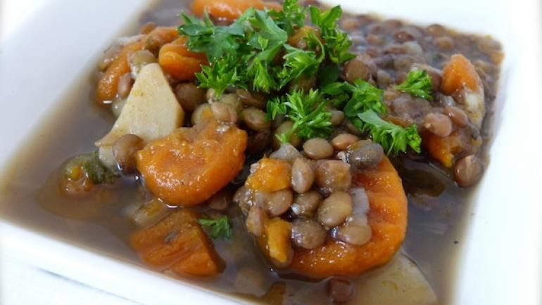 Soupe de lentilles sans matière grasse – végétalienne