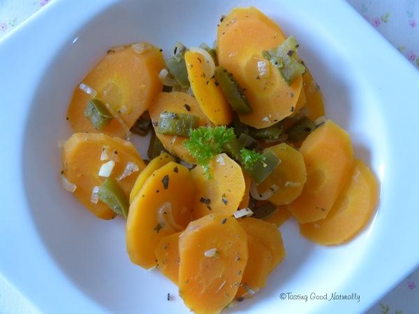 Carottes la sauge et aux poivrons vegan - Cuisiner avec la sauge ...