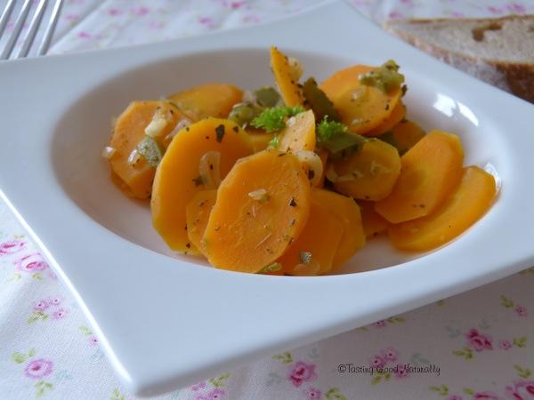 Carottes aux poivrons et à la sauge