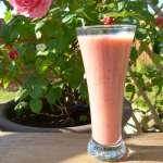 Smoothie à la fraise, la banane et aux graines de chia – Vegan