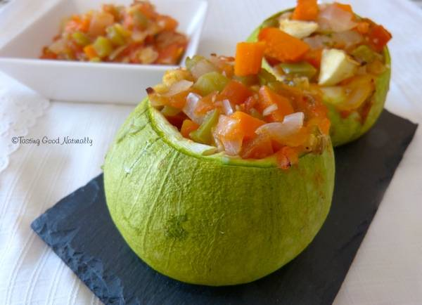 Tasting Good Naturally : Courgettes farcis aux légumes #vegan