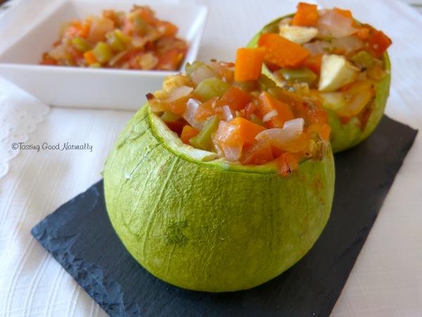 Courgettes farcies aux l gumes vegan - Comment cuisiner les courgettes rondes ...