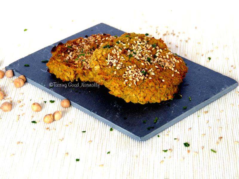 Tasting Good Naturally : Venez découvrir ce délicieux Burger aux pois chiches, sarrasin, carottes et épices Laksa (galettes) #vegan ! C'est un vrai régal et il accompagnera n'importe quel plat !