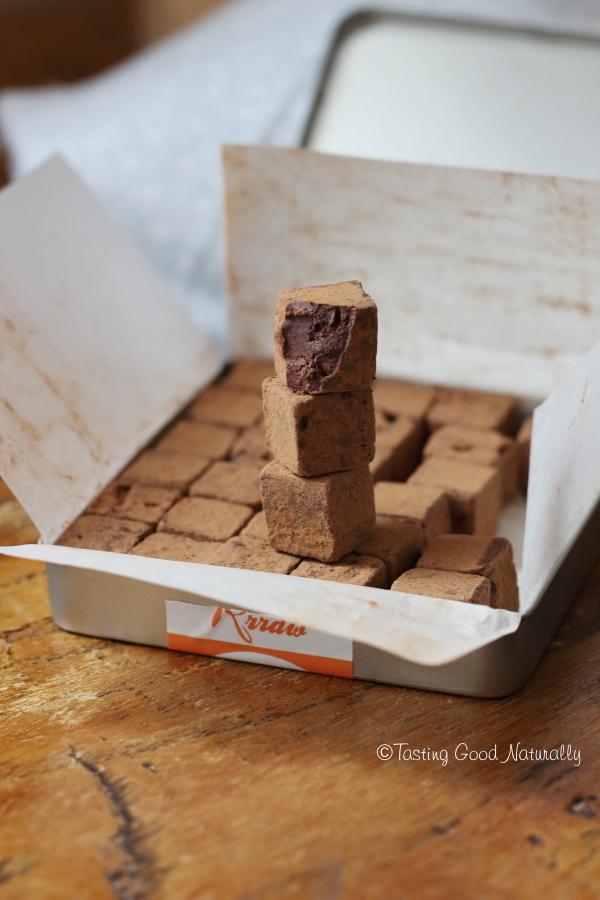 """Tasting Good Naturally : Aujourd'hui, je vous amène découvrir mon coup de coeur pour le chocolat cru """"Souvenir d'enfance"""" de la marque Rraw #vegan #bio #sansgluten"""