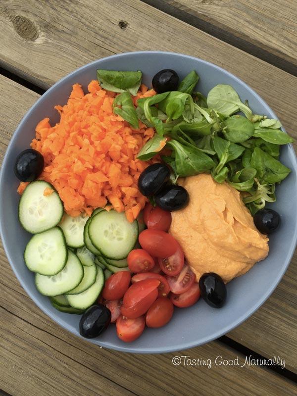 Tasting Good Naturally : Envie de mettre de la couleur dans votre assiette ? Découvrez ce délicieux Houmous au Poivron Rouge Végétalien #vegan qui accompagnera vos crudités, apéros dinatoires et autres snacks.