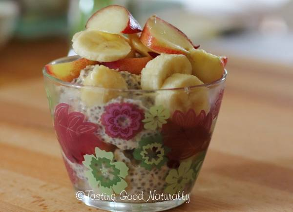 Tasting Good Naturally : Porridge aux flocons avoine, graines de chia et fruits frais #vegan
