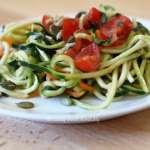 Spaghettis de Courgettes / Carottes en salade #vegan #cru
