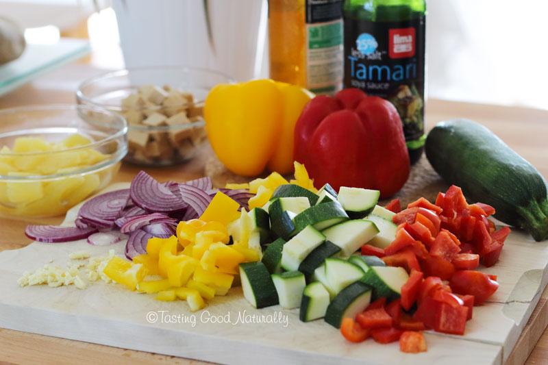 Tasting Good Naturally : Pour le midi, j'ai bien envie de ce Tofu à la sauce aigre douce #vegan. Et vous ?