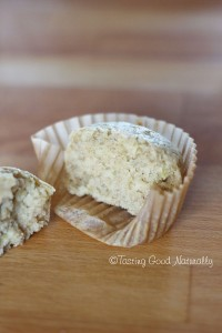 Tasting Good Naturally : Muffins au zeste de citron et graines de sésame #vegan