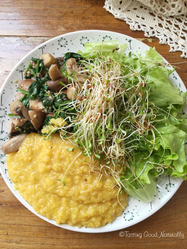 Tasting Good Naturally : Poêlée de champignons épinards, lentilles corail, et crudités #vegan