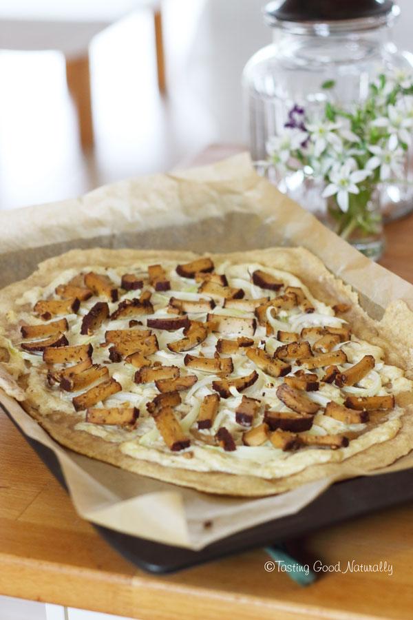 Tasting Good Naturally : Découvrez la Flammekueche #vegan dans le livre A la française de Sébastien Kardinal