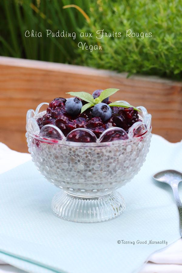 Tasting Good Naturally : Il y a un délicieux Chia Pudding aux Fruits Rouges #vegan qui vous attend sur le blog... Il y a même une version crue et une version cuite... Vous venez voir ?