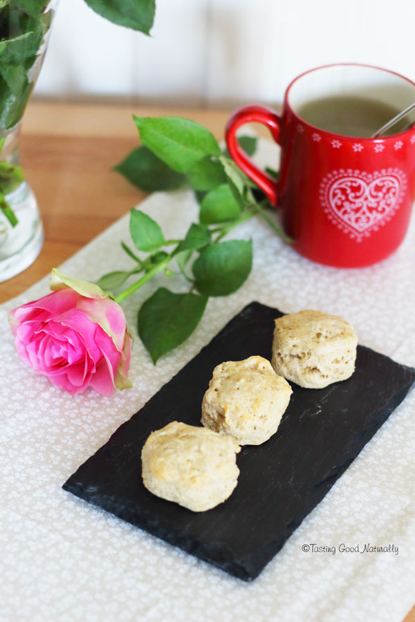 Tasting Good Naturally : C'est l'heure du Tea time ! Alors préparez-vous un bon thé, invitez les gens que vous aimez et venez déguster de délicieux scones #vegan dans une belle ambiance chaleureuse.