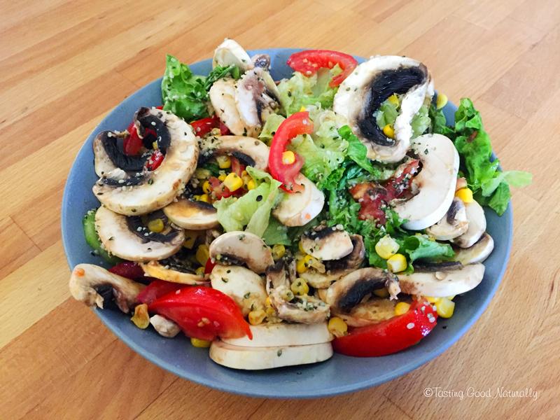 Tasting Good Naturally : Il fait vraiment trop chaud ? Vous ne savez pas quoi manger ? Je vous donne une idée de repas végane quand il fait trop chaud (et express) ! Vous venez voir ?