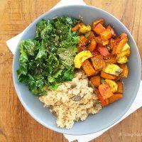 Tasting Good Naturally : Je partage avec vous une idée d'assiette saine et végétalienne : Quinoa, Kale, Potimarron et Panais au four. Intéressé(e) ? C'est par ici !