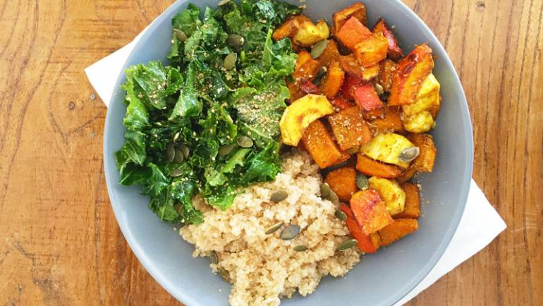 Quinoa, Kale, Potimarron et Panais au four